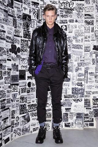 Alexander Johansson3070_FW10_NY_DKNY(WWD)