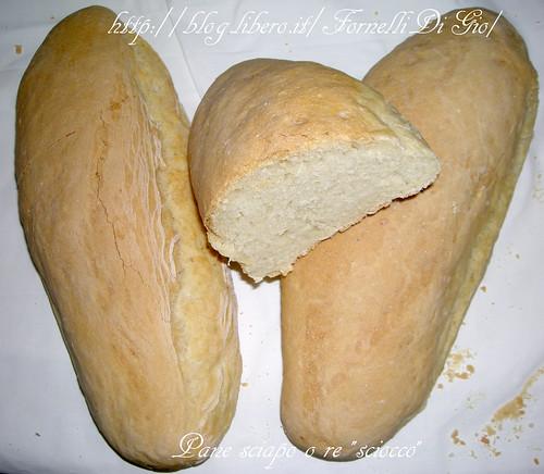 pane sciapo o re sciocco