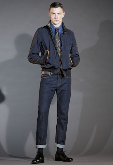 Jacob Coupe3028_FW10_Milan_Moschino(WWD)