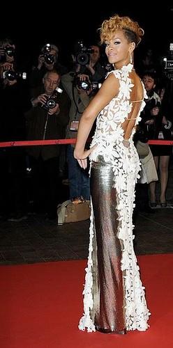 NRJ 2010 - Rihanna
