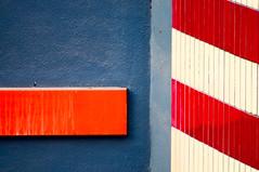 (Hidetora) Tags: red urban orange white abstract muro station wall architecture grey pattern grigio metro geometry diagonal dettagli walls astratto rosso bianco arancio minimalist architettura arancione muri diagonale astratta geometrie minimalista d300 urbanfragments urbani diagonalmente hidetora