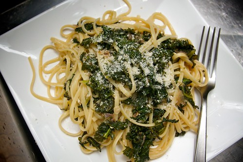 linguine with braised kale