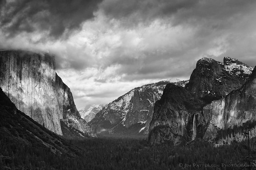 A Classic View - Tunnel View, Yosemite National Park, California