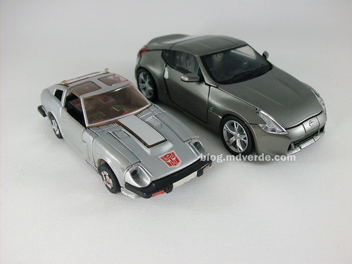 Transformers Megatron Alternity Blade Silver vs Silverstreak G1 - modo alterno