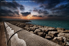 365 Project : Day 097 (Michael R. Cruz) Tags: sunset sea beach uae 7d jumeirahbeach sigma1020mm dubaibeach project365 mywinners canon7d cloudsdubai michaelrcruzcom mygearandmepremium mygearandmebronze mygearandmesilver mygearandmegold mygearandmeplatinum