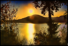 Every sunset leaves us 1 day less to live () Tags: sunset canada nature vancouver eos bc britishcolumbia squamish digitalslr seatoskyhighway digg marirs canon40d platinumpeaceaward