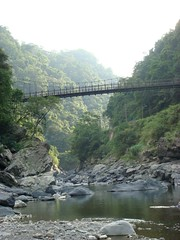 hongu qalux na kyahu (Yugan Dali) Tags: mountain rainforest stream taiwan jungle suspensionbridge   wulai taipeicounty    ulay