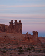 The Gossips at Dawn (Jeffrey Sullivan) Tags: park travel november copyright usa jeff nature rock stone sunrise landscape dawn utah photo sandstone arches roadtrip southern national moab sullivan 2009 gossips mountainhighworkshops visitutah sullivanworkshop