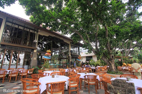 Hotel Kumala Pantai - The Sand Cafe