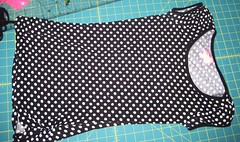 Refashion - skull & Polka dot top - before