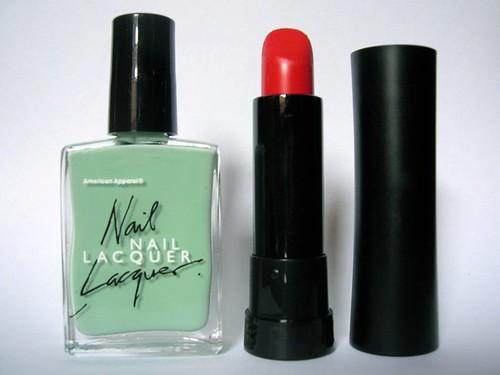 lipsticknailpolish1