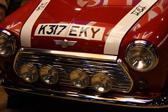 Mini (roberto sainz) Tags: rojo coches ltytrx5 ltytr2 ltytr1