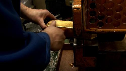 Cutting the Gold Bullion