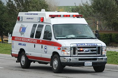 AMERICAN MEDICAL RESPONSE (AMR) AMBULANCE (Navymailman) Tags: light lights siren