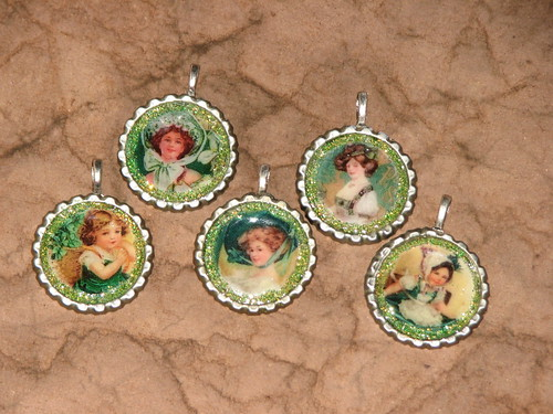 St. Patty's Bottlecap Charms 002