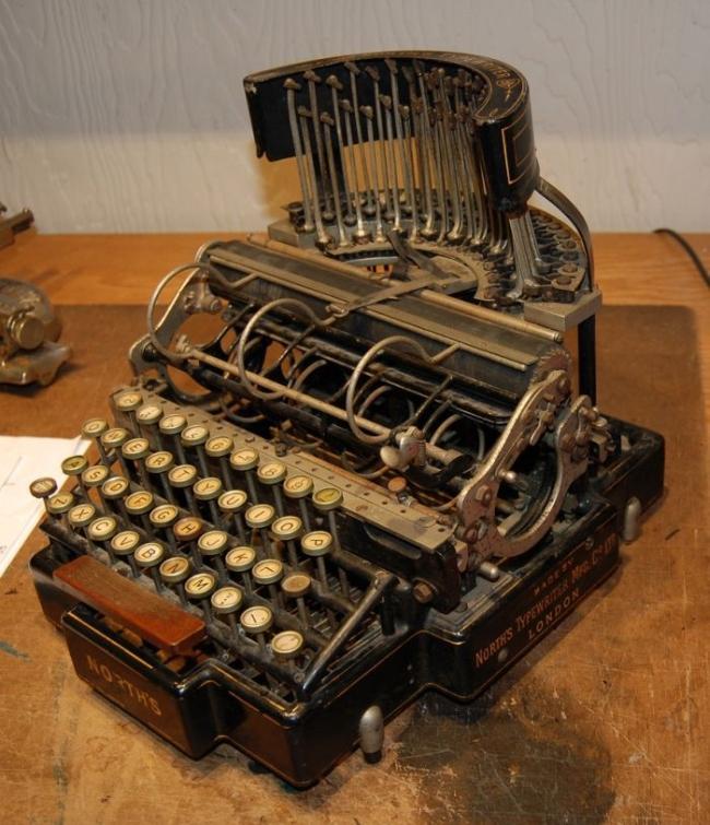 typewriter_45