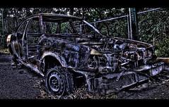 Coche Bomba (Chubakai) Tags: street city urban color car metal canon mexico fire calle df raw cab taxi coche urbano fuego hdr quemado cochebomba oulala 50d bosquedetlalpan oulalacommx