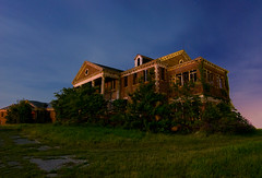 The Forgotten Home (Noel Kerns) Tags: abandoned home night circle ruins texas sherman woodmens