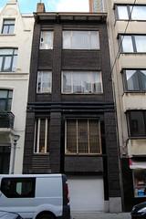 Muscarstraat 3, Oostende (Erf-goed.be) Tags: geotagged westvlaanderen oostende archeonet architectenwoning geo:lat=512257 rijhuis muscarstraat geo:lon=29091 josephvanderbanck