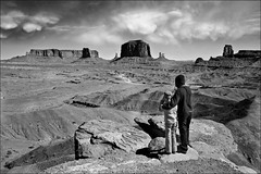 There's a storm coming (Studyjunkie) Tags: road arizona blackandwhite bw usa storm southwest clouds america children landscape mono desert photographers monumentvalley monuments stormysky theresastormcoming explore183