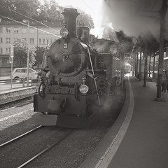 Tank Engine in Vevey (boscoppa) Tags: bw 120 film train switzerland ilford steamtrain vevey tankengine carlzeiss nettar dp400