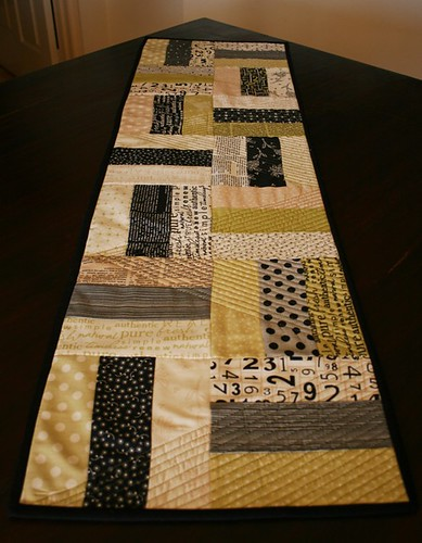 Table runner for Carol