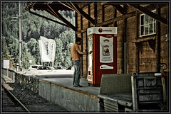 Switzerland, Railway Station Tiefencastel,  20-05-2009 (Willem Steen Selecta automaten) Tags: schweiz switzerland suisse suiza swiss svizzera sveits automaten selecta zwitserland rhb rhaetischebahn tiefencastel filisur geocity exif:iso_speed=200 exif:focal_length=120mm camera:make=nikoncorporation stationtiefencastel camera:model=nikond3 rhätichenbahn exif:make=nikoncorporation geostate geocountrys exif:model=nikond3 exif:lens=2401200mmf3556