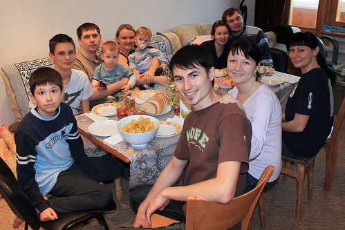Joshua, Dominic, Max, Little Max, Tanya, Mark, Dima, Zhanna, Vlad, Svita, and Edna