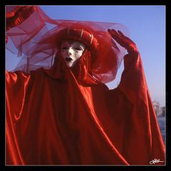 Venice Carnival 1988 (guido ranieri da re: work wins, always off) Tags: carnival venice italy rolleiflex italia carnevale venezia indianajones nonsonoglianniamoresonoichilometri guidoranieridare
