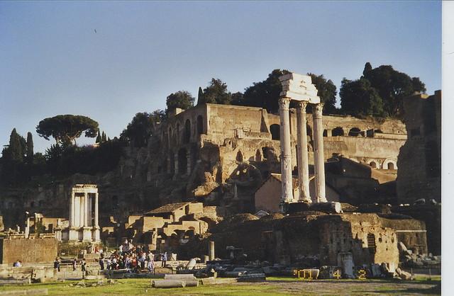 2001-04-02 Rome Italy random shots