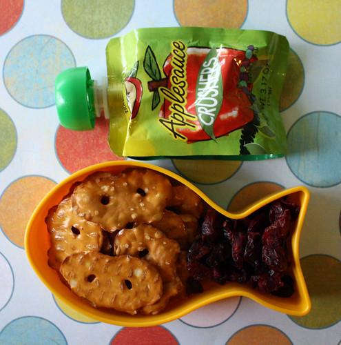 Kindergarten Snack #69: February 24, 2010