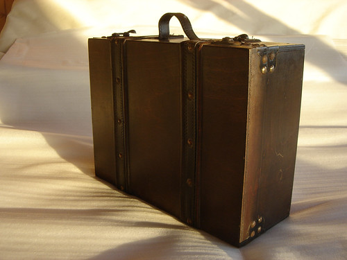 FREE picture suitcase