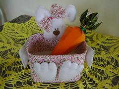 :: Pote Coelhinha :: (::Luciene Rosi::) Tags: de handmade artesanato pscoa feltro coelho reciclagem sorvete pote