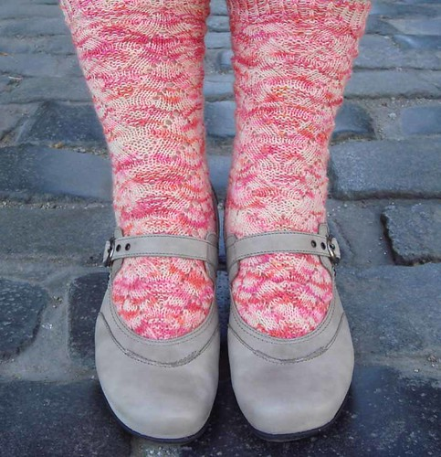 snowberry monkey socks