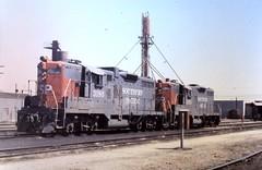 San Jose 1978 (slide scan) (sharkzƒan) Tags: sanjose slide trains scan sp 1978 locomotives railroads southernpacific roundhouse emd railfanning gp9 lenzen