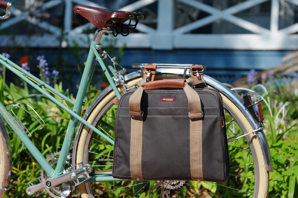 Po Campo Loop Pannier A Ladylike Briefcase To Fit Any Bike