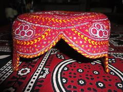 Sindhi Topi Urdu: سندھی ٹوپی (Abdul Hakeem Memon) Tags: handicraft shawl sindh blockprinting sindhi ajrak sindhicap sindhitopi اجرڪ