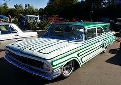 1960 Chevrolet (bballchico) Tags: 1960 chevrolet stationwagon scallops craigchurchman grandnationalroadstershow gnrs2017 saturdaydrivein carshow