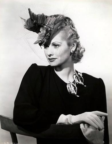 1930's Hat por Lucy_Fan.