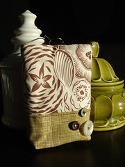 cocoa flowers clutch purse (Venus@suburbia-soup) Tags: flowers brown green purse medallion clutch cocoa tote accessory