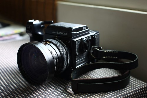 Bronica GS-1 (by 小帽(Hat))