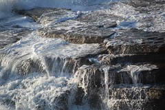 Cascading white water (monika & manfred) Tags: sea water whitewater waves wildlife shoreline foam mm cascading cliffhike orkneys rollingin orkneyislands scotland2009 holidays3 msh0413 msh041320