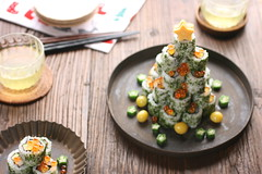 Sushi Tree (bananagranola (busy)) Tags: christmas xmas winter food tree cooking japan sushi japanese homemade roll japanesefood insideout uramaki makizushi hosomaki