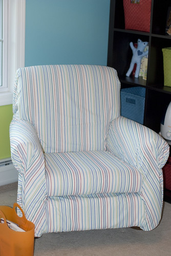 nursery_chair2
