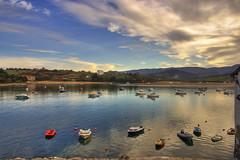San Vicente de la Barquera (Niuskita) Tags: sunset water clouds landscape atardecer mar agua paisaje cielo nubes anochecer sanvicentedelabarquera