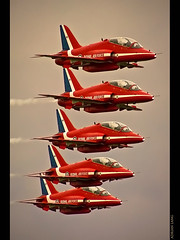 Red Arrows (~Clubber~) Tags: show uk red england canada plane canon airplane demo fly flying team tour unitedkingdom hawk aircraft aviation air flight jet airshow demonstration entertainment arrows northamerica quebeccity airforce bae pilot 100400mm trainer redarrows aero