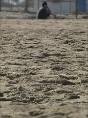 Al Khobar  ♥ (Hadeel Ibrahim) Tags: sea sand wave خبر alkhobar شاطئ الخبر بحر موج أمواج رمل شرقيه امواج الشرقيه الشرقية شرقية