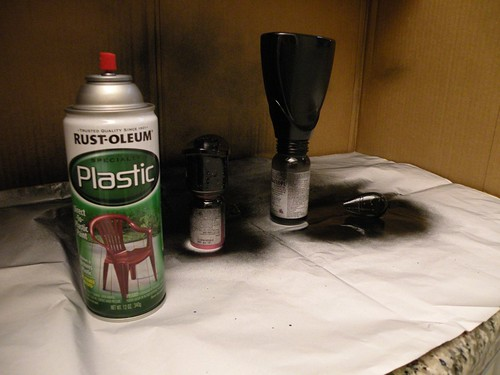 using black spray paint for plastic give it a few good coats. Black Bedroom Furniture Sets. Home Design Ideas