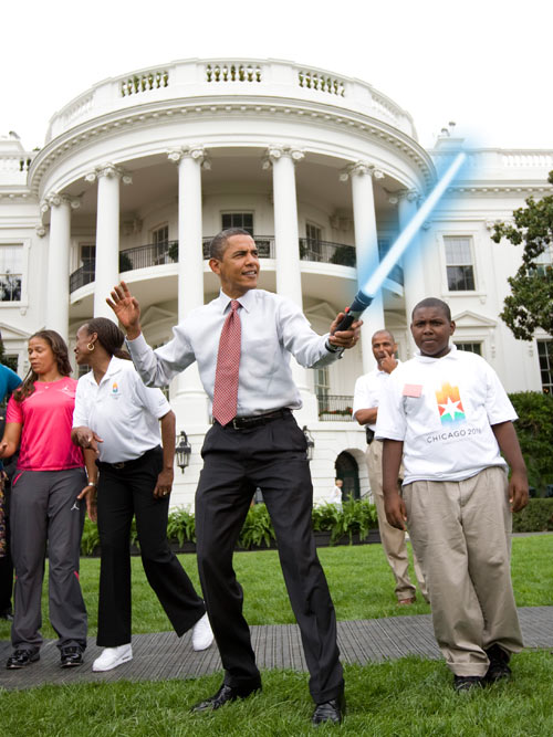 obama-lightsaber-02