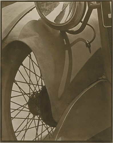 Paul Strand, Wire Wheel, 1917